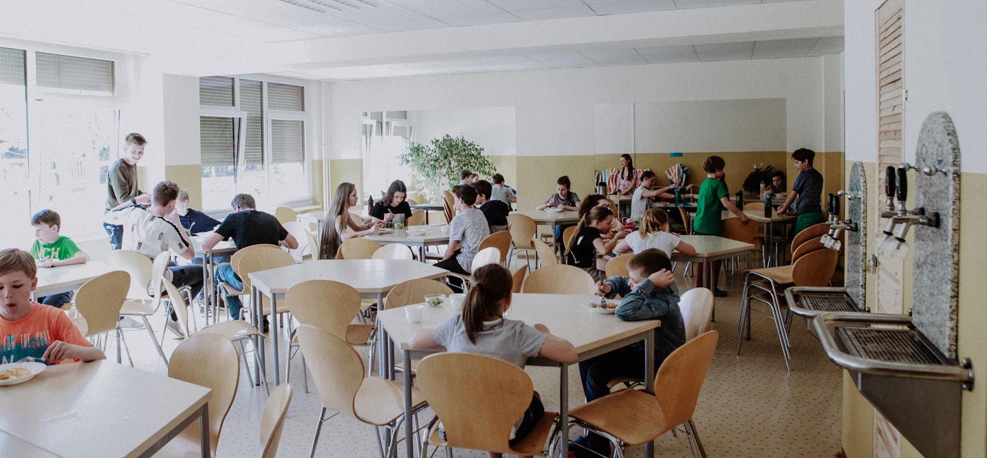 Speiseraum | Mittagessen | Aktiv-Schule